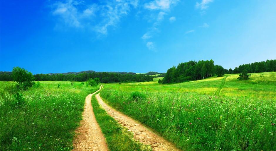 Na Mazowszu 30 mln zł na budowę i modernizację dróg do gruntów rolnych