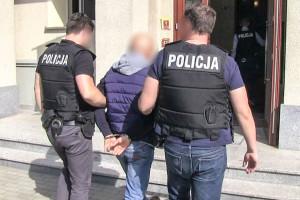 Policja zatrzymała byłego komornika - przywłaszczył niemal 3 mln zł