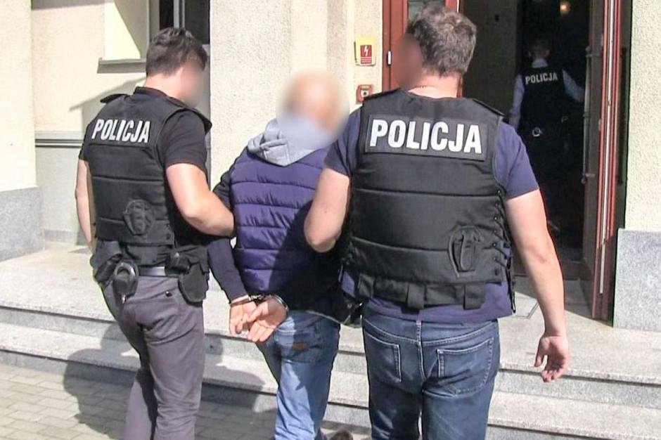 Były komornik usłyszał prawie 400 zarzutów korupcyjnych   Foto: Policja Lubuska