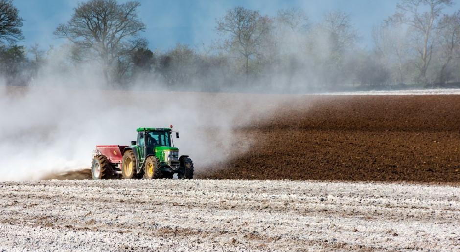 Izby rolnicze gotowe do wapnowania gleb rolniczych