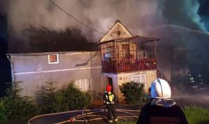 W akcji gaśniczej brało udział 15 zastępów strażaków