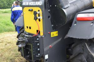 Ładowarki mogą być wyposażone w tylny zaczep i dzięki temu służyć do transportu z wykorzystaniem przyczep o masie do 20 t, fot. mw