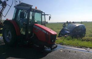 Wskutek wypadku ucierpieli kierowcy obu pojazdów