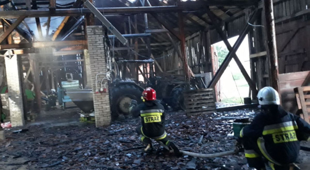 W odstępie kilku dni spłonęły dwie stodoły, a w nich auto i traktor