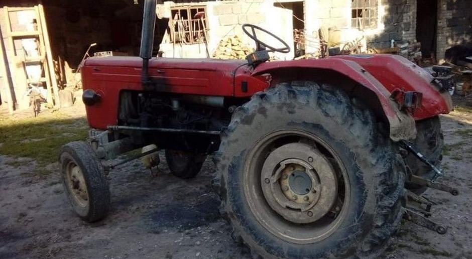 Popisy pijanych traktorzystów