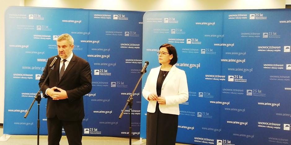 Maria Fajger, prezes ARiMR oraz minister rolnictwa Jan Krzysztof Ardanowski, fot. A. Kulikowski