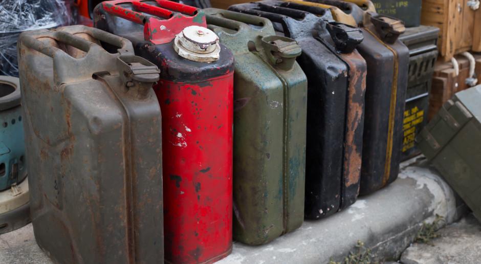 Analitycy: koniec roku pod znakiem podwyżek cen paliw