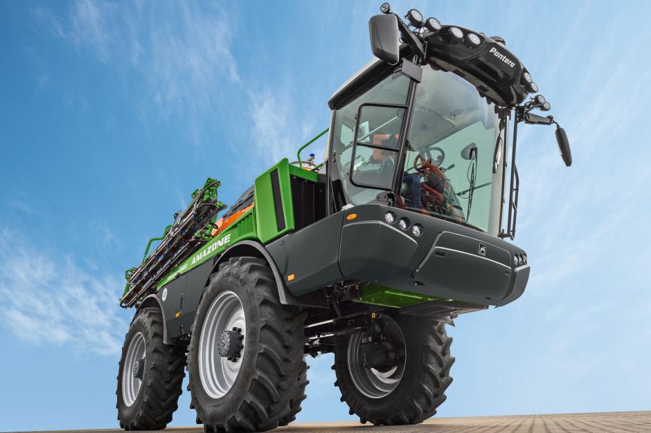 Pantera 4503 może dysponować belką o szerokości roboczej do 40 m, fot. materiały prasowe