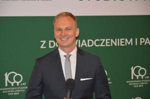 Dr Łukasz Sobiech wskazywał kierunki, w jakich prawdopodobnie zmierzać będzie sposób nauczania na Wydziale Rolnictwa i Bioinżynierii Uniwersytetu Przyrodniczego w Poznaniu; Fot. Katarzyna Szulc