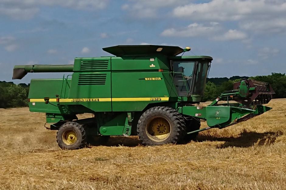 John Deere 6910 jest drugim kombajnem na farmie, fot. T.Kuchta