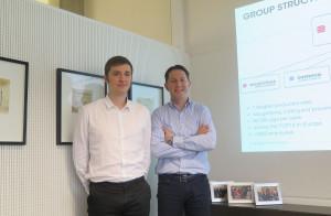 Wouter Haghedooren, menedżer ds. klientów zewnętrznych Belgian Pork Group (z lewej) oraz Glenn Coolsaet, dyrektor handlowy BPG