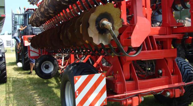 Kirowiec K-744R4 o mocy 420 KM - zużycie paliwa tylko 6 l/ha