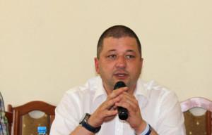 Według Marcina Bustowskiego ani ustawa o oddłużeniu rolnictwa, ani ustawa antylichwiarska w żaden sposób nie realizują społecznych oczekiwań