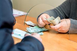 Jeśli inwestycja na kredyt, to tylko w ziemię