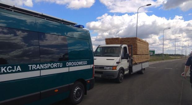 Transporty drewna na celowniku funkcjonariuszy