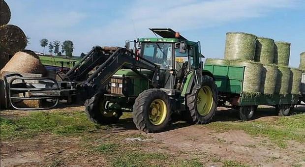 Dwa ciągniki skradzione w gospodarstwie na Podlasiu