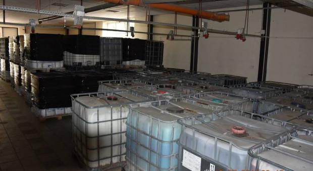 Nielegalne składowisko toksycznych odpadów koło Białobrzegów