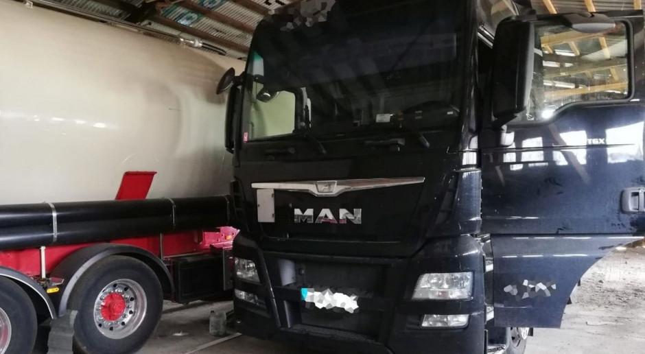 Kradli ciężarówki razem z ładunkami w czasie postojów przy autostradzie