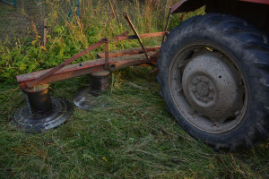 Sześcioletnia dziewczynka poszkodowana podczas prac polowych w Małopolsce