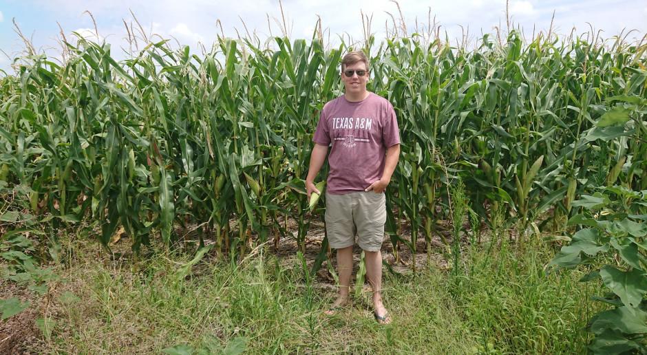 Farmer w Teksasie, cz. 16: Travis – ekspert ds. kukurydzy GMO