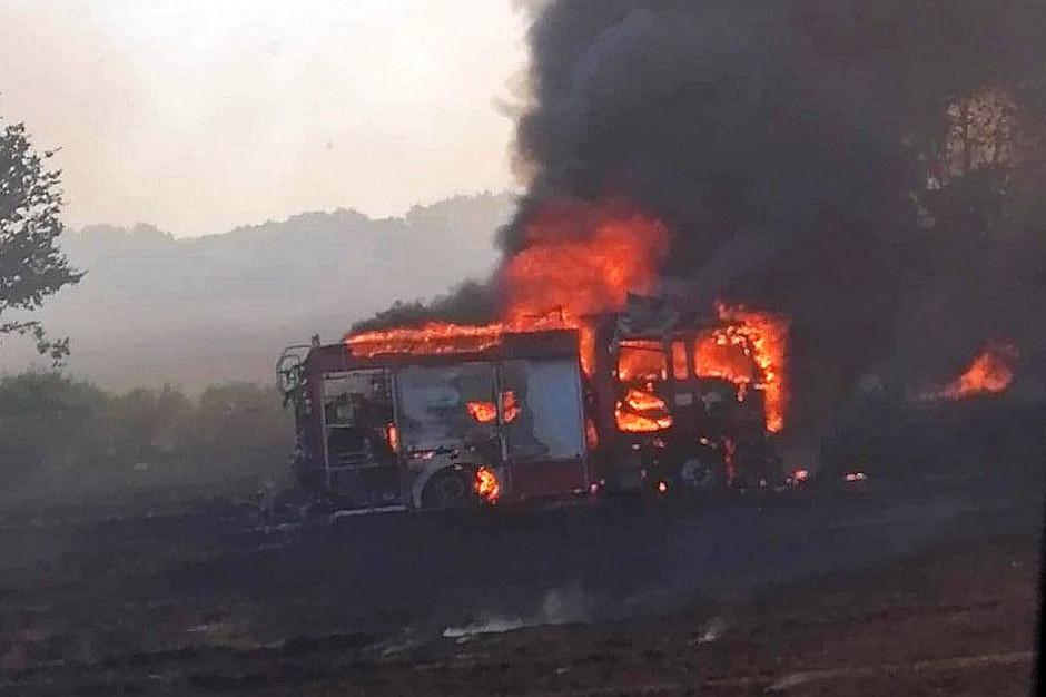 W czasie akcji gaśniczej zapalił się wóz strażacki OSP Złotnik, Foto: OSP Złotnik
