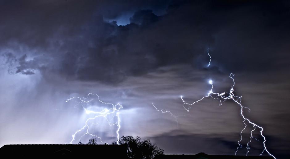 MSWiA ostrzega przed burzami na południu kraju