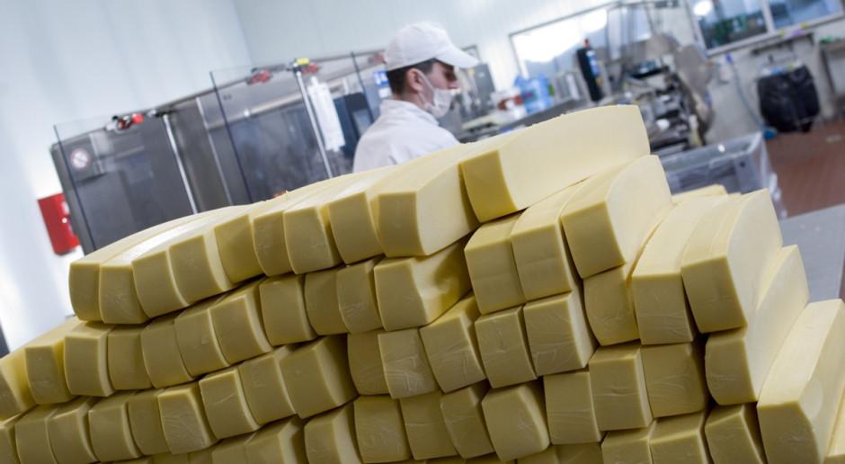 Spadek notowań globalnym rynku mleka