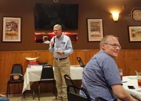 Oficjalna kolacja dla wszystkich uczestników Programu, rodzin goszczących oraz osób zaangażowanych w Program. Podziękowania wszystkim składa Jim Mazurkiewicz – koordynator Programu po stronie teksańskiej, fot. T.Kuchta