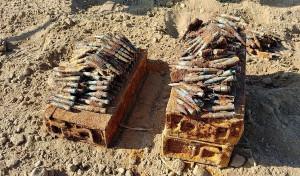 Na skrzynie z amunicją natknął się na swoim polu rolnik z Wiela, w gminie Mrocza