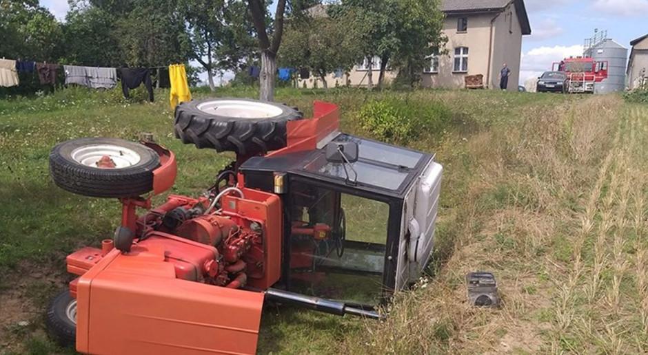Nastolatek ranny po przejażdżce traktorem