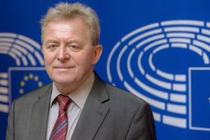 Wojciechowski chce, by jego kandydatura miała poparcie ponad podziałami w Polsce
