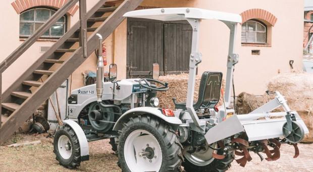 Ciągnik w cenie traktorka kosiarki
