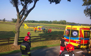 Rannego mężczyznę zabrał do szpitala helikopter LPR, Foto: OSP Zbuczyn