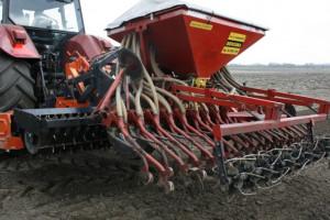 Na Ukrainie zasiano już ponad 800 tys. hektarów rzepaku