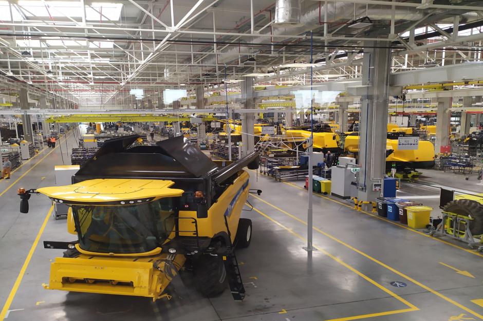 Nowa hala montażowa w New Holland w Płocku ma powierzchnię 20 tys. m2; fot. KW