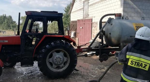Palił się traktor, płonęła ładowarka
