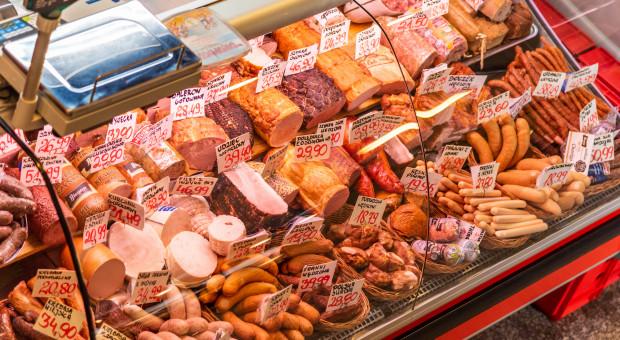 Ubywa sklepów i hurtowni mięsnych