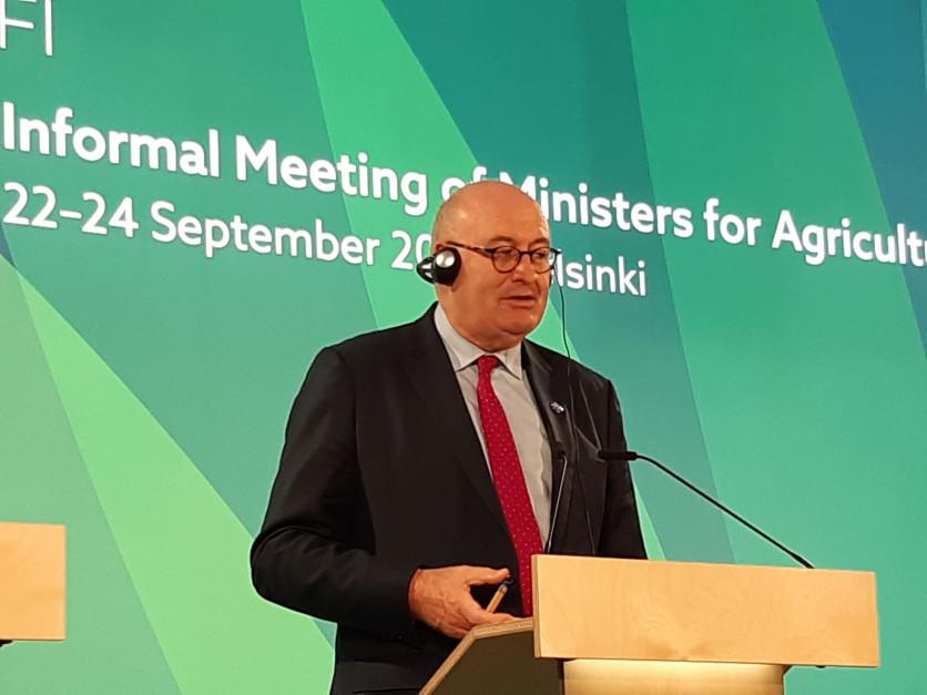 Phil Hogan, kończący już swoją kadencję Komisarza ds. Rolnictwa i Rozwoju Wsi w Komisji Europejskiej