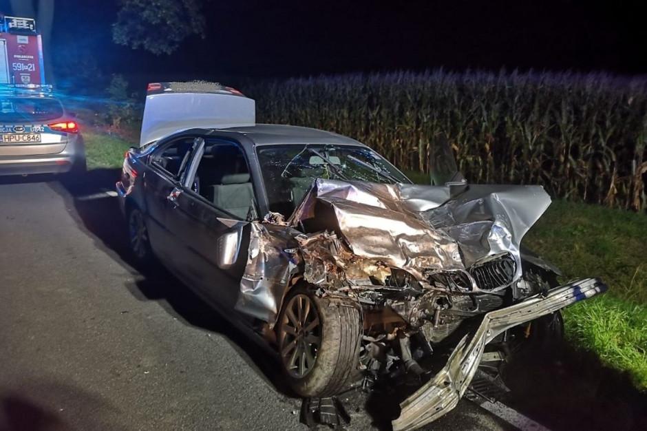 Kierowca bmw nie przeżył zderzenia, zdjęcia: Policja