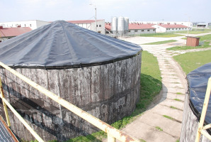 Zbiornik na gnojowicę (fot. J. Walczak)