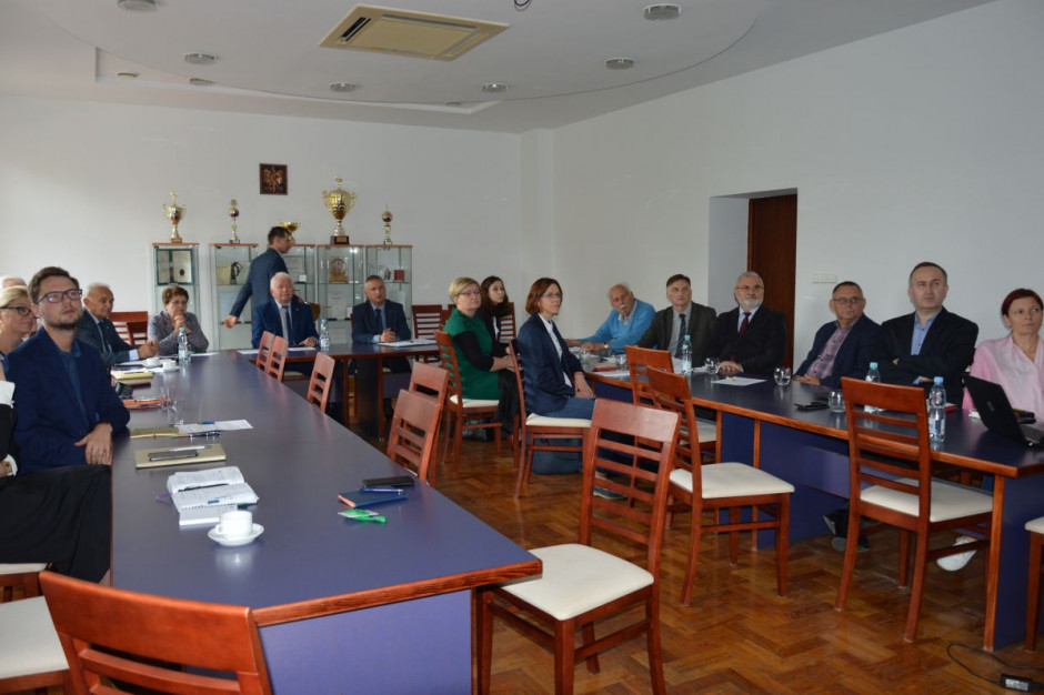 Posiedzenie Komisji ds. rejestracji odmian roślin oleistych i włóknistych w IWNiRZ w Poznaniu; Fot. Katarzyna Szulc