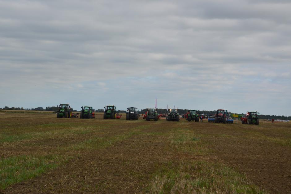 Pokazy maszyn do uprawy uproszczonej na Agro Show 2019