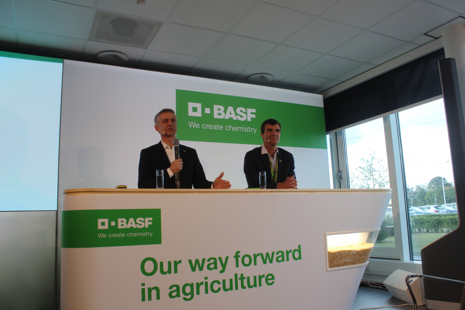 Vincent Gros, prezes BASF Agricultural Solutions (z prawej) oraz Livio Tedeschi szef Europy, Bliskiego Wschodu, Afryki i WNP, BASF Agricultural Solutions. Fot A. Kobus