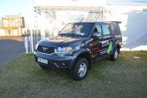 UAZ Pickup to wschodnia odpowiedź na zapotrzebowanie rynku na tanie i proste samochody użytkowe z dobrymi właściwościami terenowymi.