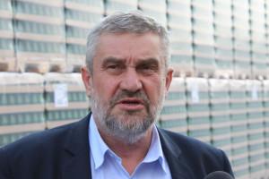 Ardanowski: Skończmy z dopłacaniem do filozofii, wspierać trzeba przetwórstwo