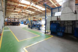 Hala główna, na której produkowane są zbiorniki w technologii formowania rotacyjnego