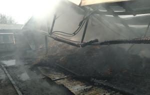 Jeden z budynków spłonął jeszcze przed przybyciem strażaków