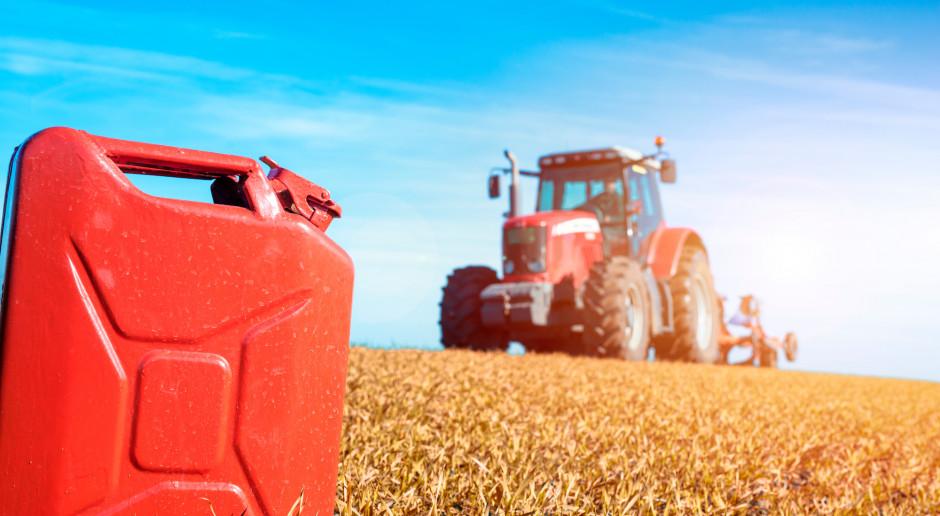 Projekt: stawka zwrotu akcyzy za olej napędowy do produkcji rolnej w 2020 r. - 1 zł za litr