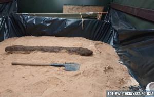 Niewybuch mierzył około półtora metra długości i ważył około 50 kilogramów