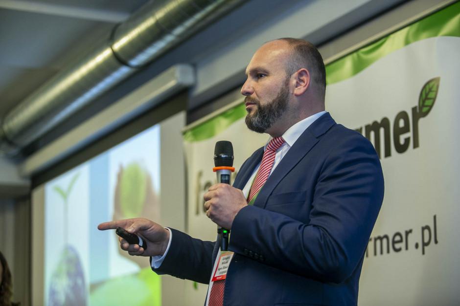 Dr Grzegorz Wilczok wykład oparł o doświadczenia z własnego gospodarstwa, które prowadzi w systemie bezorkowym.